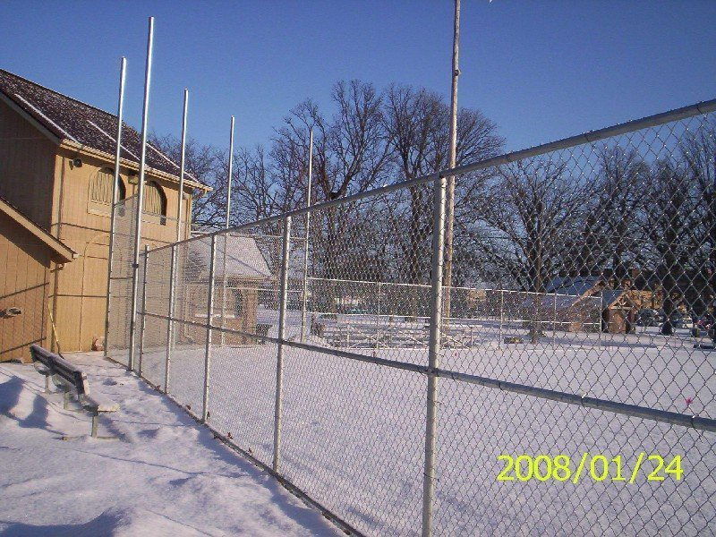 commercial fencing companies
